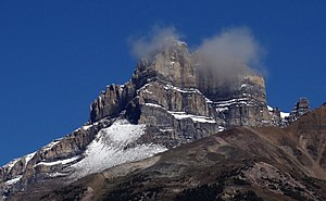 Mount Hector (Alberta) - Image: Mount Hector Alberta Canada 2014