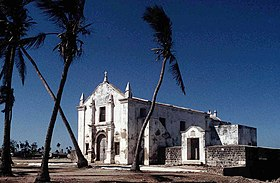 Igreja de S. António, na Ilha de Moçambique, deixada pela colonização portuguesa e ao estilo da época.
