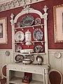 Musée Gustave-Moreau, salle à manger, vaisselier et vaisselle.jpg