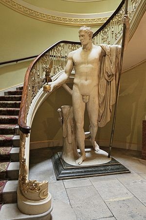 Napoleon as Mars the Peacemaker - Image: Napoleon Canova London JBU01