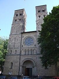 Neu St. Heribert Koeln-Deutz.jpg
