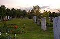 Neuer Friedhof Gießen mit Blick zum Gleiberg, 2003.jpg