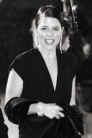 Neve Campbell - Campbell at the 2006 BAFTA Awards