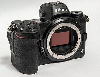 Nikon Z-mount - Z 7 wide diameter lens mount and large sensor