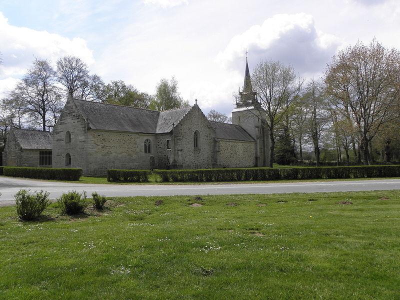 Chapelle Sainte-Noyale sise en Noyal-Pontivy (56). Flanc nord.