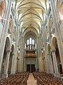 Noyon (60), cathédrale Notre-Dame, nef, vue vers l'ouest 3.jpg