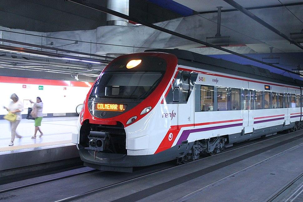 Nuevos Ministerios Cercan%C3%ADas anden 6 tren