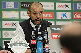 Nuno Espírito Santo - Espírito Santo as manager of Valencia in 2015