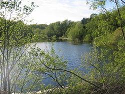 Ogston Reservoir pli plenaj 179865.jpg
