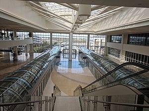 Orlando International Airport Intermodal Terminal (24691228848).jpg