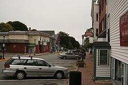Mill Street podnikání v centru města Orono