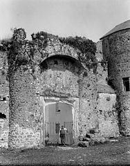 Oxwich castle entrance