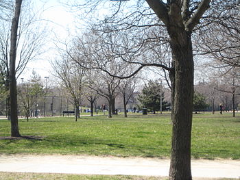 English: A picture of Oz Park in Chicago Illin...