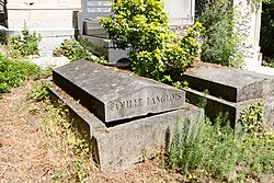 Tomb of Langlois