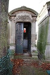 Tomb of Singer