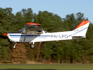 PH-LPO Cessna F172M.JPG