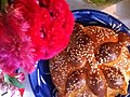 Pan de muerto de ajonjolí.jpg
