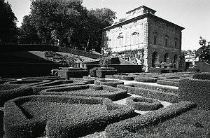 Villa Lante - The villa seen from the garden in a photo by Paolo Monti, 1966