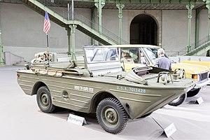Paris - Bonhams 2017 - Ford GPA véhicule militaire amphibie - 1943 - 001.jpg