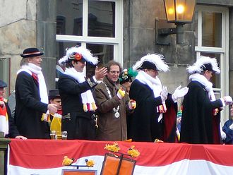 's-Hertogenbosch - Mayor Ton Rombouts, Peer vaan den Muggenheuvel tot den Bobberd and Prince Amadeiro XXV on the steps of the City Hall in 's-Hertogenbosch during Carnival 2007