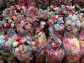 Petits noeuds pour les cheveux - marché de Ho Chi Minh.JPG