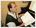 Pierre au piano.jpg