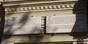 Passeig de Gràcia, Barcelona - Eusko Jaurlaritza commemorative plaque.