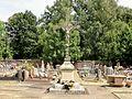 Pont-Sainte-Maxence (60), croix de cimetière de Sarron.jpg