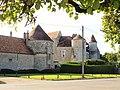 Pouilly-le-Fort-FR-77-château-a1.jpg