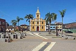 Praça da Matriz e Igreja Matriz de Santana, Santana do Paraíso MG2.JPG