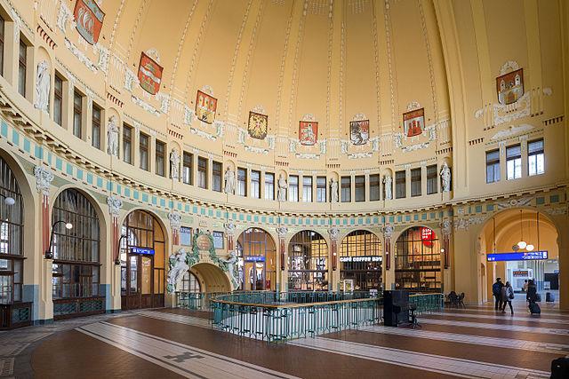 Prag Jugendstil Hauptbahnhof 2.jpg