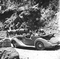 Prime Minister Jawaharlal Nehru, and Lord and Lady Mountbatten going round Simla in a car in 1948.jpg