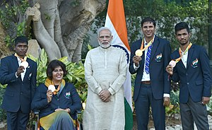 India at the 2016 Summer Paralympics - The medal winners with the Prime Minister: (left to right) Mariyappan Thangavelu, Deepa Malik, Narendra Modi, Devendra Jhajharia, Varun Bhati