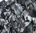 Pyrolusite-pyrol-08b.jpg