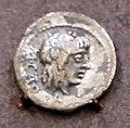 Quinarius d'argento di marco porcio catone, in gruppo del pozzo VII, 89 ac.jpg