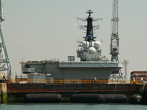 R05 Invincible, Portsmouth, UK.JPG