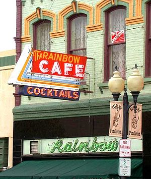 Pendleton, Oregon - Historic Rainbow Cafe in downtown Pendleton (before 2006 façade restoration)