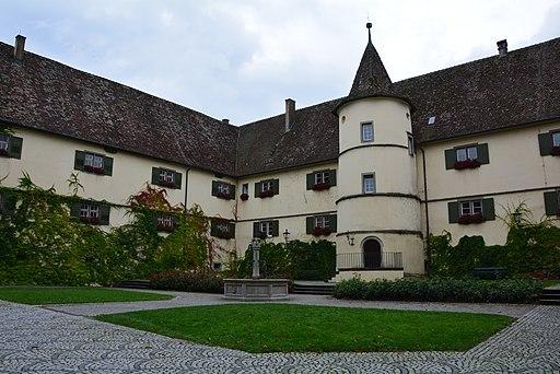 Klosterhof von Kloster Reichenau (UNESCO-Weltkulturerbe Klosterinsel Reichenau)