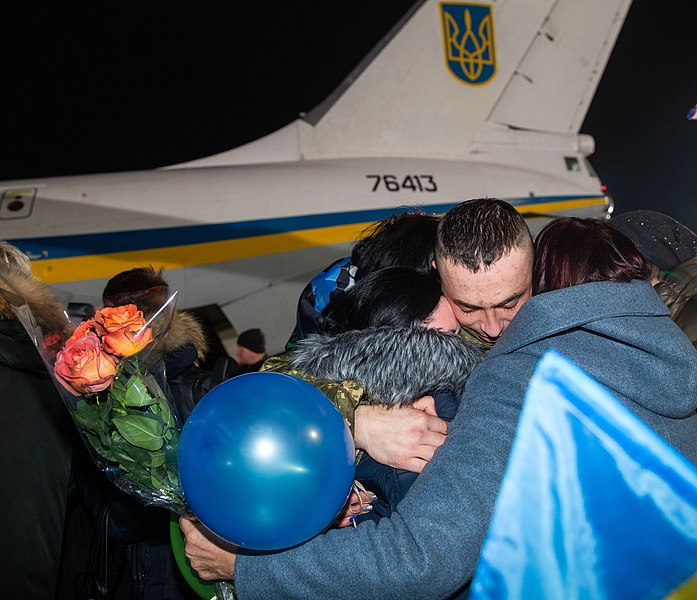 Return of liberated citizens to the territory controlled by Ukraine (2019-12-29) 003.jpg