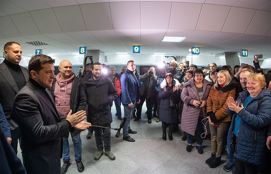 Return of liberated citizens to the territory controlled by Ukraine (2019-12-29) 082.jpg