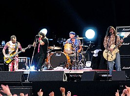 De Red Hot Chili Peppers op Pinkpop 2006. V.l.n.r.: Flea, Anthony Kiedis, Chad Smith en John Frusciante.