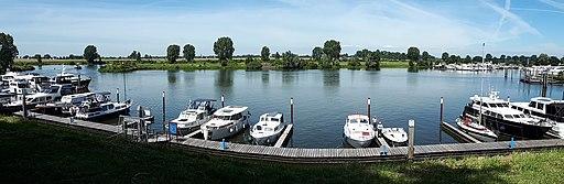 Rijksvluchthaven, jachthaven in Heusden 01