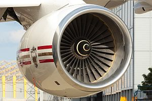 Rolls Royce RB211-524C2 engine on a Bahrain Royal Flight Boeing 747SP.jpg