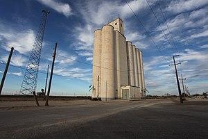 Roscoe, Texas - Plowboy grain elevator in Roscoe