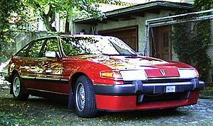 Rover SD1 red front.jpg