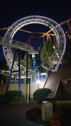 The New Revolution (roller coaster) - Loop at night