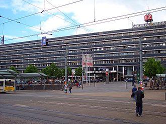 Saarbrücken Hauptbahnhof - The station before modernisation