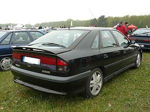 Renault Safrane - Rear of original Safrane