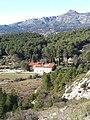 Saint-Jean de Garguier Le prieuré et le Garlaban 20210131 132354.jpg