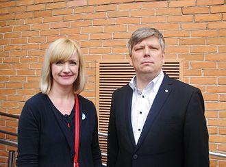 Evelin Samuel - Evelin Samuel (left) and Siim Valmar Kiisler in 2015.